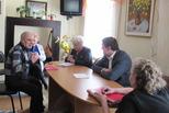 Выездной прием граждан провел 20 марта глава города в Доме ветеранов.