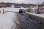 Лед на реках все тоньше, риск для жизни все больше