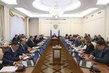 Евгений Куйвашев заявил о необходимости привлечения молодежи к реализации нацпроектов и созданию фундамента для развития региона