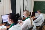 На помощь медикам в call-центры поликлиник Свердловской области пришли волонтеры областного медколледжа