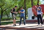Алексей Ялунин поздравил активных участников конкурса «Городские интонации»