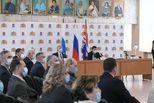 Губернатор Свердловской области выразил уверенность в дальнейшем развитии Каменска-Уральского под управлением сильной команды