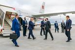 Евгений Куйвашев встретил в аэропорту Кольцово премьер-министра РФ Михаила Мишустина, прибывшего в Свердловскую область с рабочим визитом