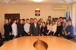Школьники заглянули в кабинет главы города